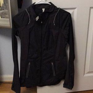 lululemon athletica Jackets & Coats - Lululemon light weight jacket